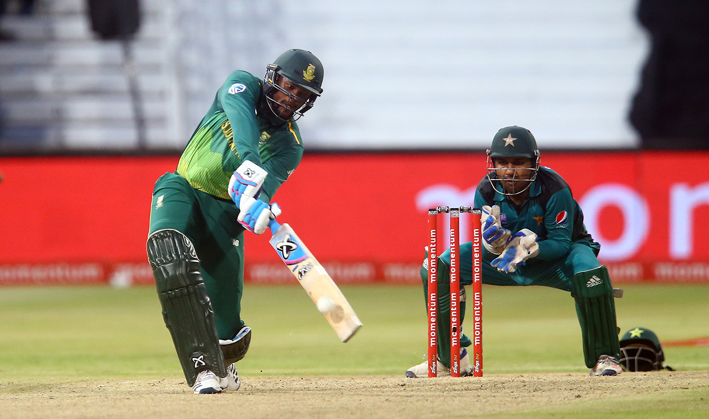 Have met and apologised to Andile Phehlukwayo, says Sarfaraz Ahmed
