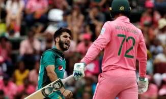 Usman Khan Shinwari four wickets South Africa Pakistan 4th ODI Johannesburg cricket