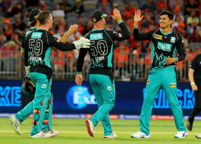 Mujeeb Ur Rahman three wickets Brisbane Heat Perth Scorchers Big Bash League BBL 48th Match cricket