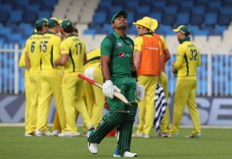 Umar Akmal fined 20 percent of his match fee for violating the team's curfew Pakistan cricket