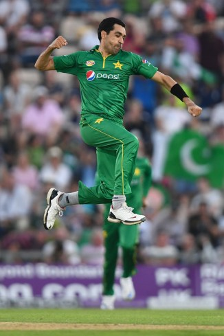 Umar Gul determined to represent Pakistan again and disappointed to not be picked for the Pakistan Super League PSL cricket