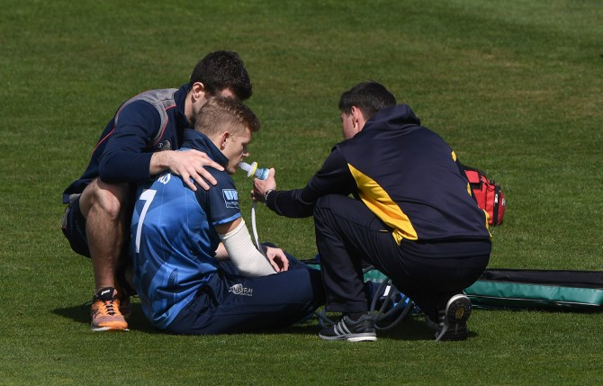 Sam Billings to be out of action for three to five months as he will need to undergo surgery after dislocating his shoulder England cricket