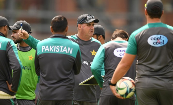 Mickey Arthur Pakistan have to work on their death bowling ahead of the 2019 World Cup cricket