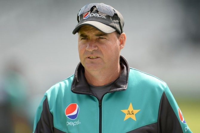 Mickey Arthur Pakistan are lacking a player who can fill the role of a finisher ahead of the World Cup cricket