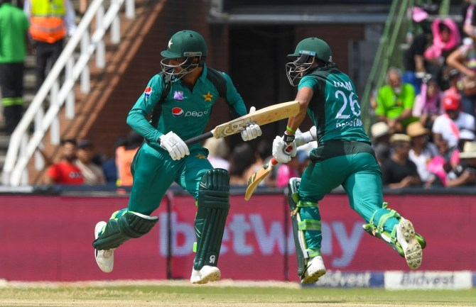 Ramiz Raja Fakhar Zaman needs to keep playing aggressively as he enjoys a lot of success when attacking the bowlers Pakistan cricket