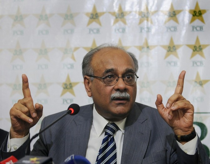 Najam Sethi believes the Pakistan Cricket Board PCB isn't providing enough support to the Pakistan team and coaching staff World Cup cricket