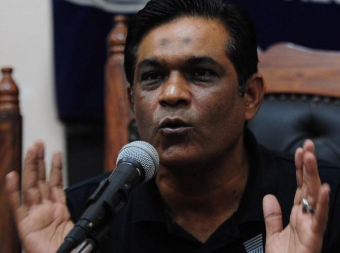 Rashid Latif said Lokesh Rahul is in bad form