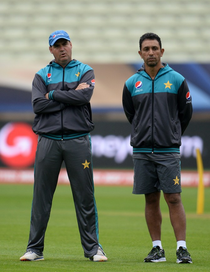 Azhar Mahmood lashes out at former Pakistan players for constantly criticising national team World Cup cricket