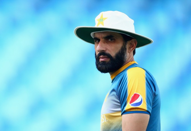 Misbah-ul-Haq admits India are favourites in their World Cup clash with Pakistan cricket