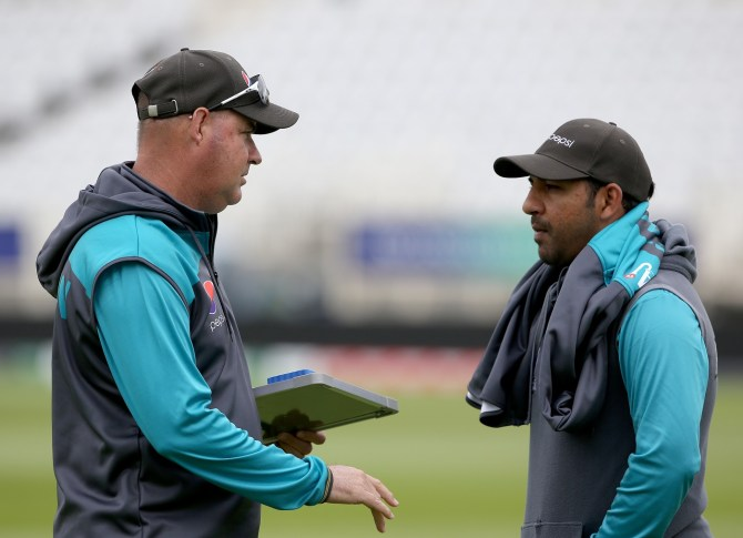 Sarfraz Ahmed denies rumours of a rift between him and Mickey Arthur Pakistan cricket