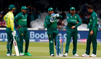 Zaheer Abbas believes Sarfraz Ahmed cannot continue captaining Pakistan in all three formats cricket