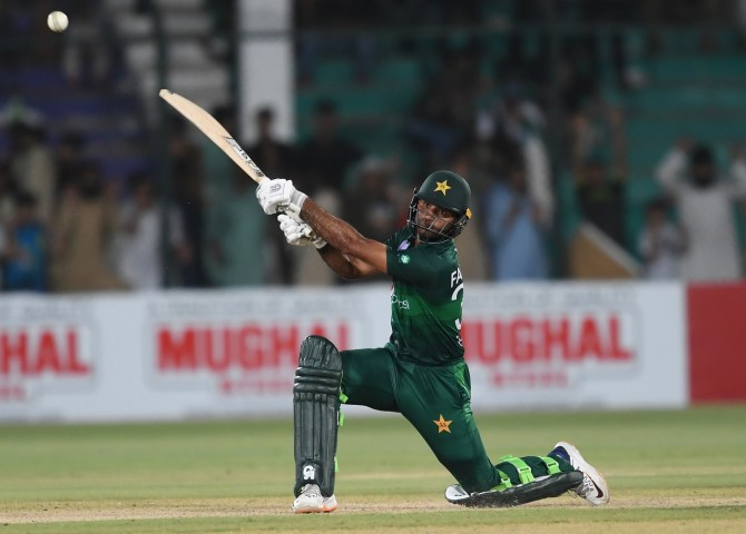 Mickey Arthur feels Fakhar Zaman Mohammad Rizwan and Haris Sohail have failed to live up to expectations in the ongoing T20 series against Australia Pakistan cricket