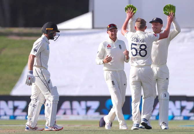 Sam Curran two wickets New Zealand England 1st Test Day 2 Mount Maunganui cricket