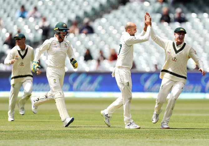 Nathan Lyon five wickets Australia Pakistan 2nd Test Day 4 Adelaide cricket