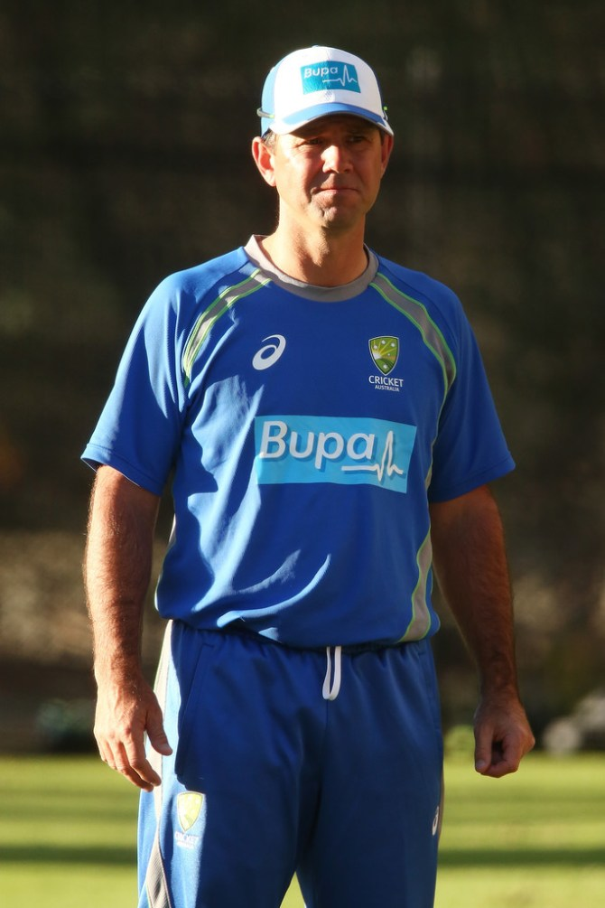 Ricky Ponting believes this is the worst Pakistan bowling attack that has come to Australia in a long time cricket