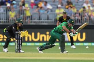 Khushdil Shah out of action for up to three weeks after suffering a fractured left thumb Pakistan cricket