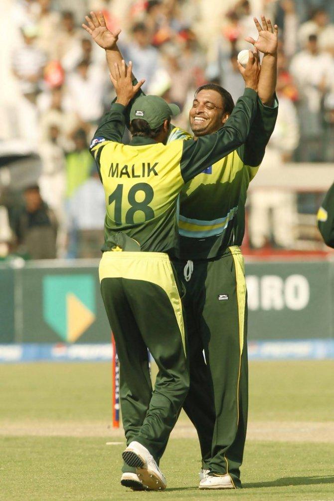 Shahid Afridi said that he liked both Shoaib Malik and Shoaib Akhtar Pakistan cricket