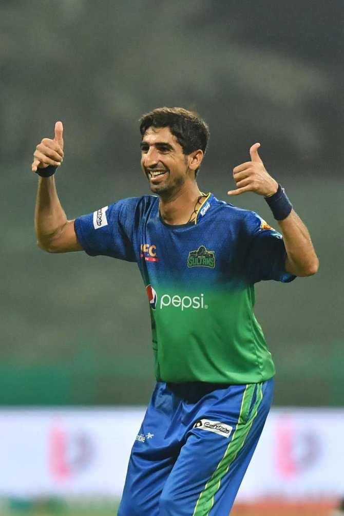 Azhar Mahmood said Shahnawaz Dahani still smiles even after getting hit for runs