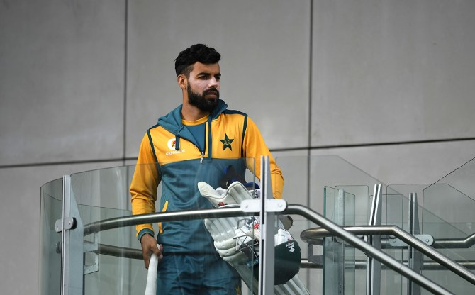 Pakistan spinner Shadab Khan said his focus is not on batting just because he is unable to perform well with the ball