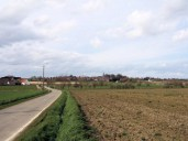 (G) View north towards Huise showing rise in the ground.