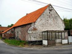 Original building in the village of Verzon (note the date on the wall).