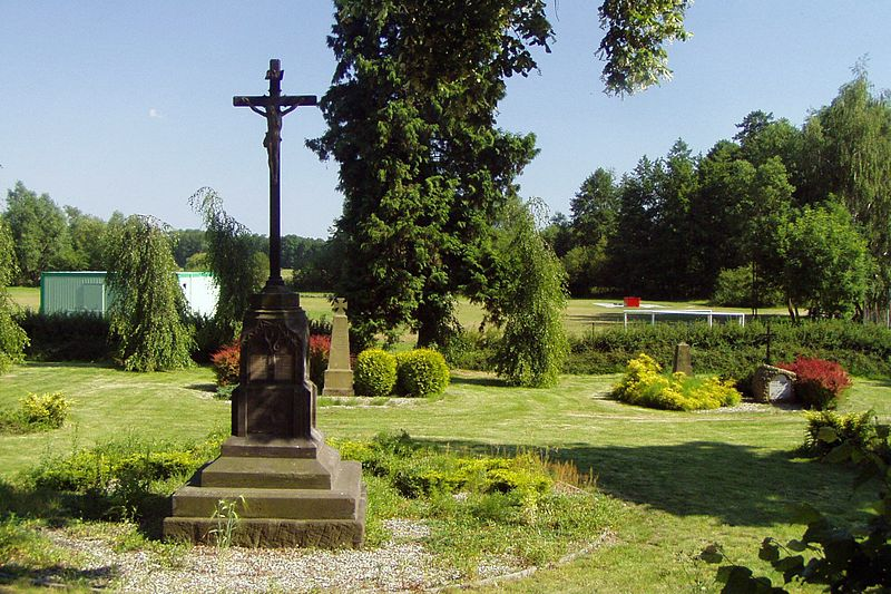 Military cemetery in Svijany
