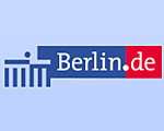 Land Berlin. Köpenick. Bezirksbürgermeister Igel besucht das farbenfrohe Street Art Projekt von Thomas Panter. 29.April.2017