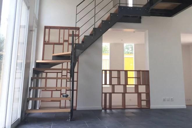 meuble en bois sur mesure : bibliothèque encastrée artisan paris 75