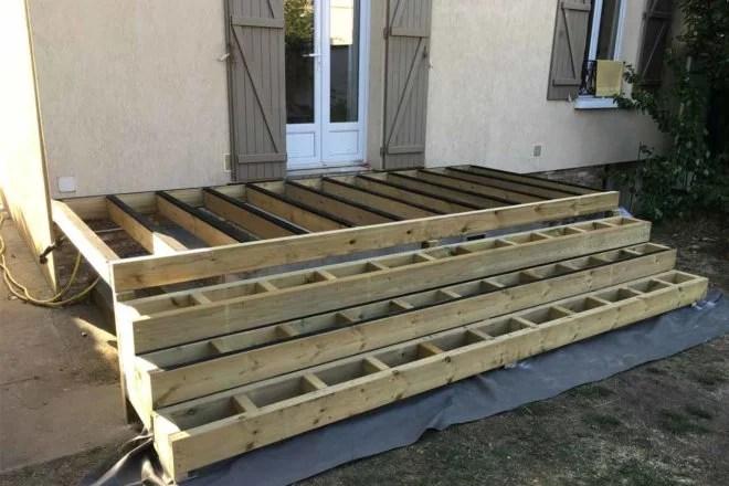 aménagement extérieur en bois : construction de terrasse