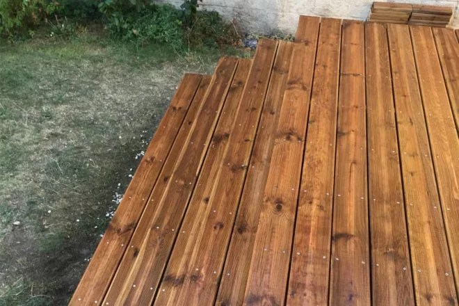 aménagement extérieur en bois terrasse 94
