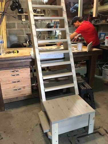 Fabrication d'escaliers pour l'aménagement intérieur artisan 91