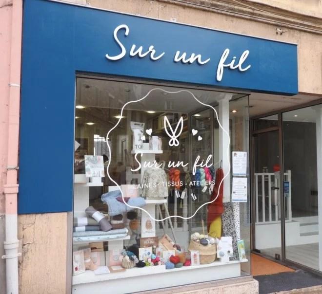 renovation habillage facade magasin Essonne Orsay