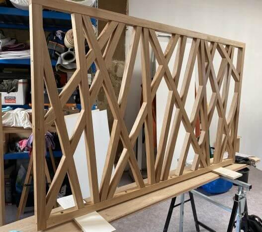 garde corps barreaux design artisan bois 92