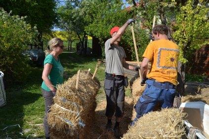 strawbale-workshop-4-2018-31