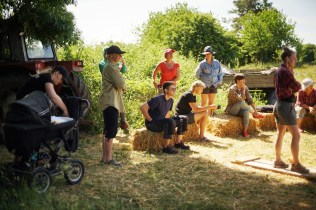 ecotopia-2018-strawbale-workshop-238