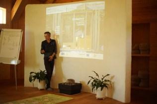 ecotopia-2018-strawbale-workshop-5b