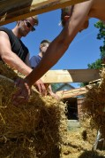 ecotopia-2018-strawbale-workshop-85