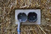 Installationen Strohballenwand Elektrik