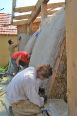 step-5-2020-lime-plaster-on-straw-bale-153