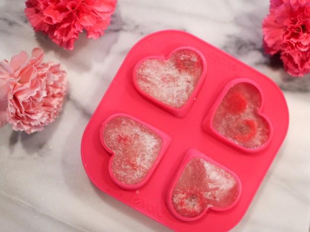 heart shaped ice cube tray