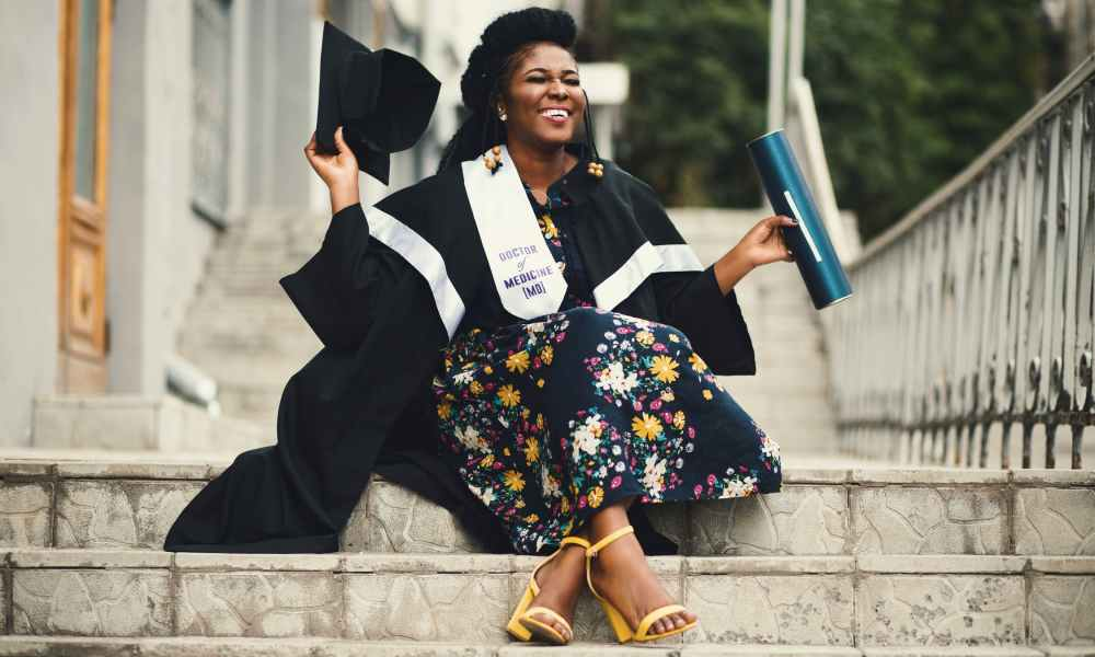 5 ways to make your graduate feel special