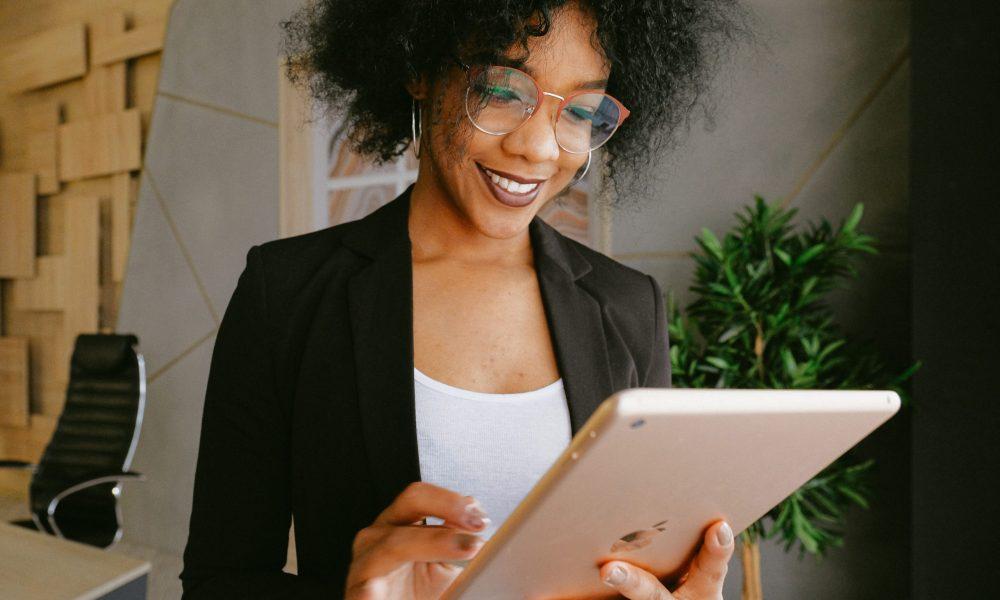 black-woman-working-productivity