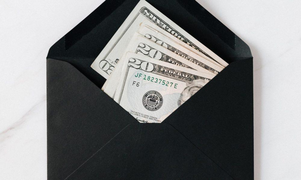 emergency fund savings in envelope