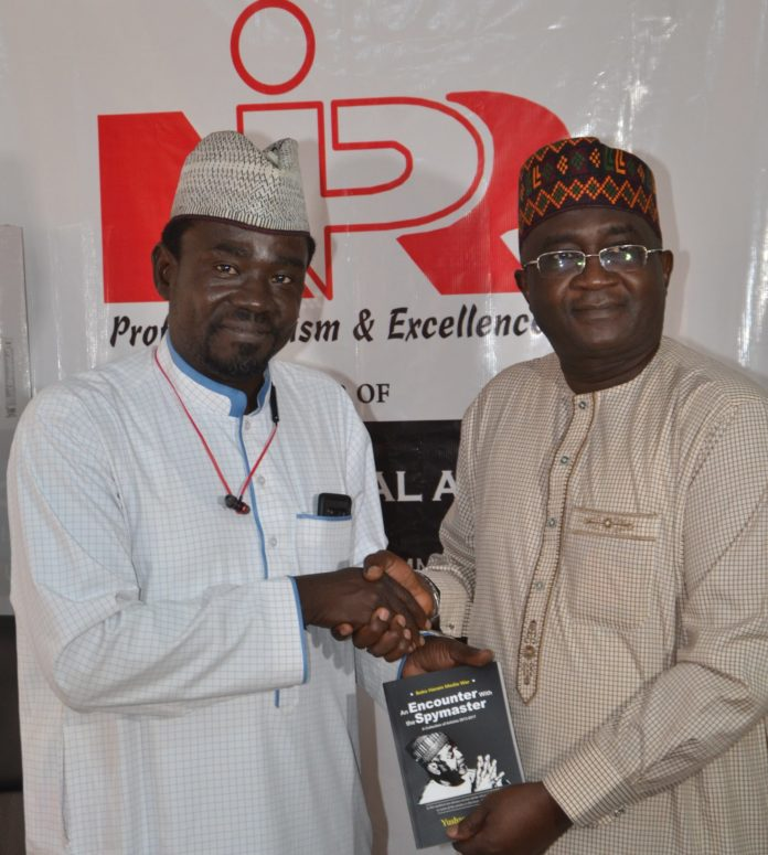Yushau Shuaib of PRNigeria and Mukhtar Sirajo of NIPR