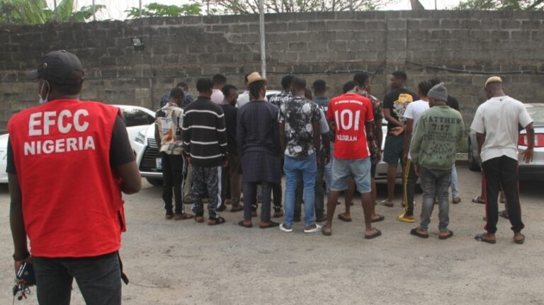 PHOTO: New Year Eve, EFCC Arrests 21 Internet Fraudsters at Luxury Home, Three others jailed in Uyo