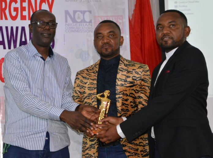 Mallam Yusuf Ali presents SAEMA Awards 2019 to Twins Police Officers, Hassan and Husseini Gimba in Abuja