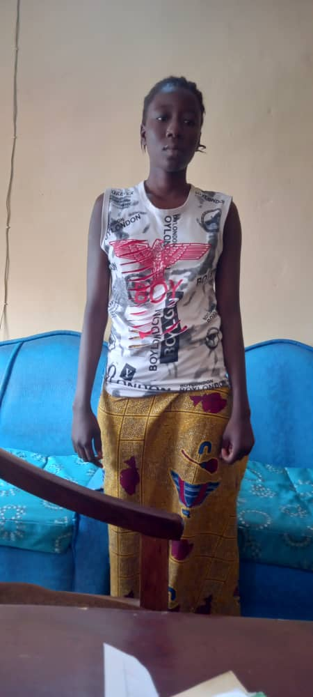 19 Year Old Wife Stabs 35 year Old Husband after 3 Weeks of Marriage