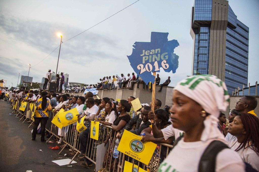 Les partisants de l'opposition au Meeting de Clôture du candidat Jean Ping à Libreville Baudouin Mouanda_4