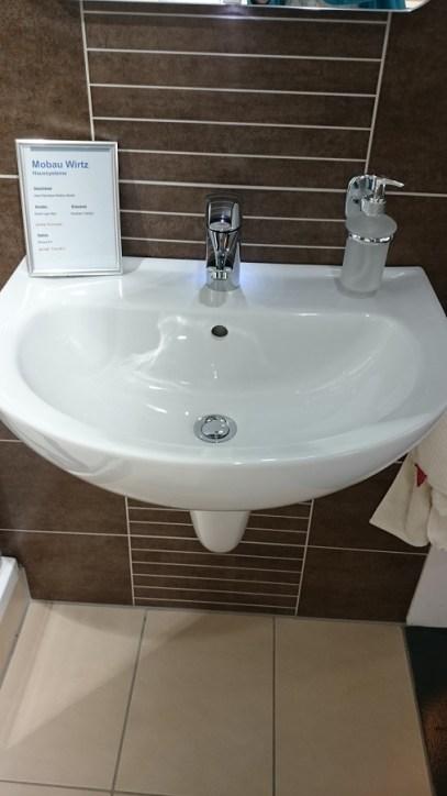 Waschbecken WC