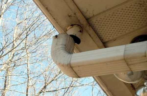 Everything You Should Know About Downspouts - rusted gutters